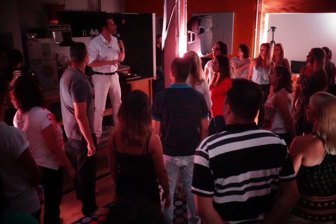 Dinâmica vivência flexus de Davi Lopes no espaço Petalusa