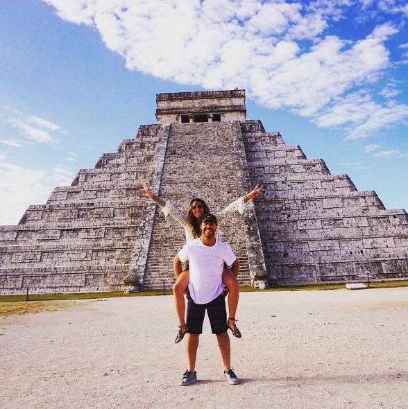 Fefê Rosada e o marido nas pirâmides Chi Tzen México